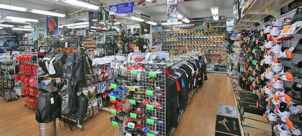 奥武山スポーツ店