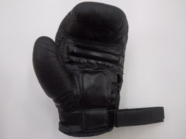 ボクシングパンチンググラブの修理